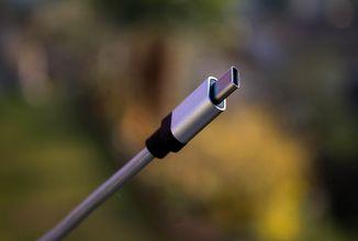 USB-C nabídne až 240W nabíjení