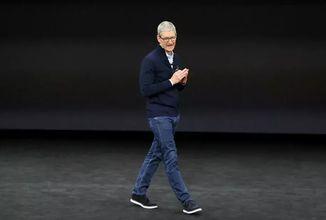 Apple pracuje na autě a AR headsetu, chce vrátit Parler na App Store