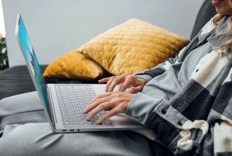 Lenovo představilo nové tablety a notebooky; mezi nimi i ultralight s OLED panelem