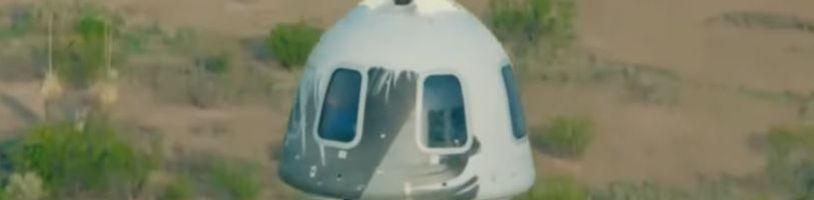 Jeff Bezos se vrátil z úspěšné vesmírné mise